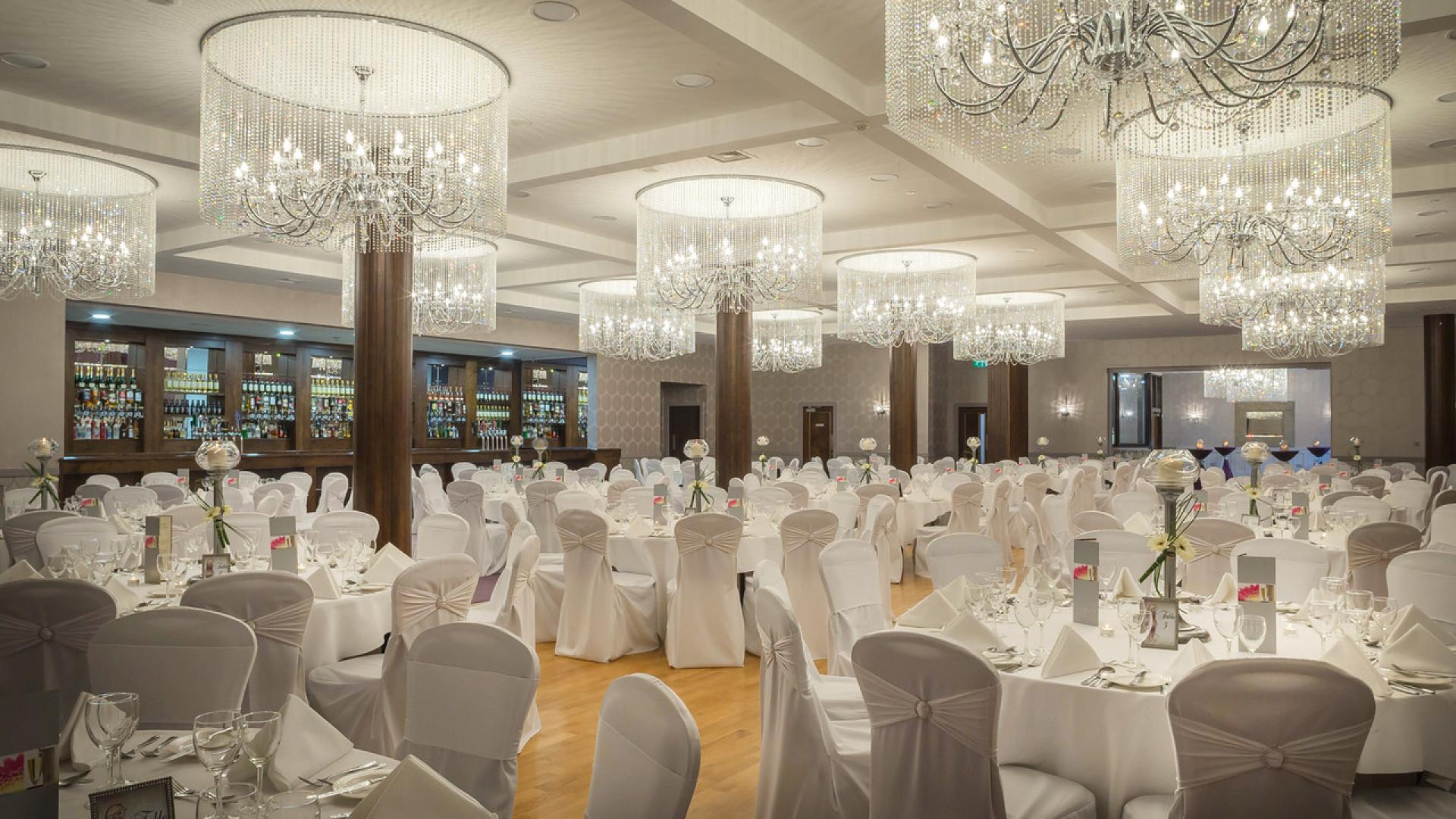 Cavan Crystal Hotel In Book Direct Win A Stay With Us 4 Star Bar Restaurant